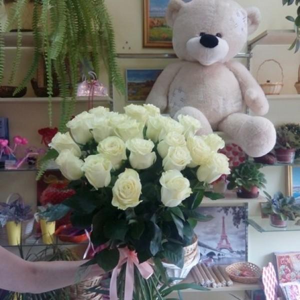 31 белая роза