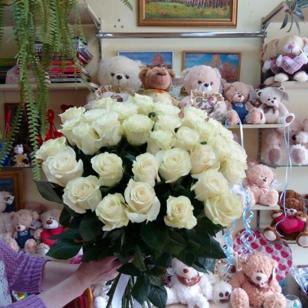 35 роз Мондиаль