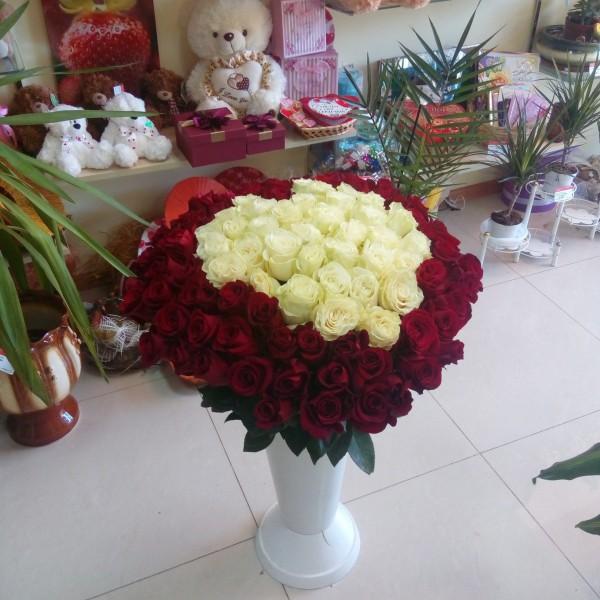 Любовь - 101 роза