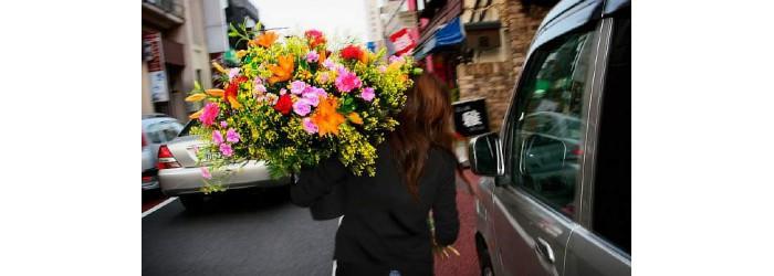 Доставка цветов по г. Рязани бесплатно курьером!